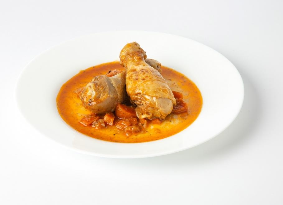 Muslos  de pollo guisado
