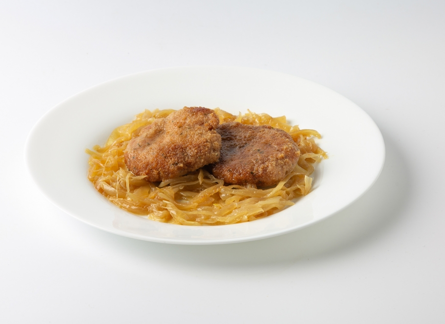 Filetes ruso de pollo con cebolla pochada